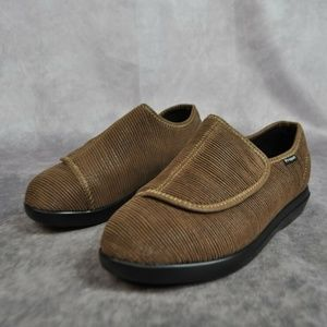 Propét Women's Cush 'N Foot Slipper